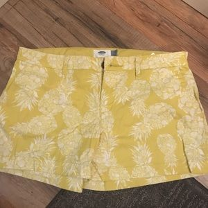 Pineapple Shorts Old Navy